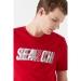 Search Baskili Tişört Parlak Kırmızı