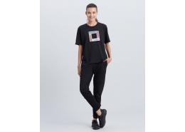 Skechers Asymmetric Kadın Siyah Tişört (S212932-001)
