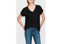 Mavi V Yaka Kadın Siyah Basic Tişört (rahat kesim)