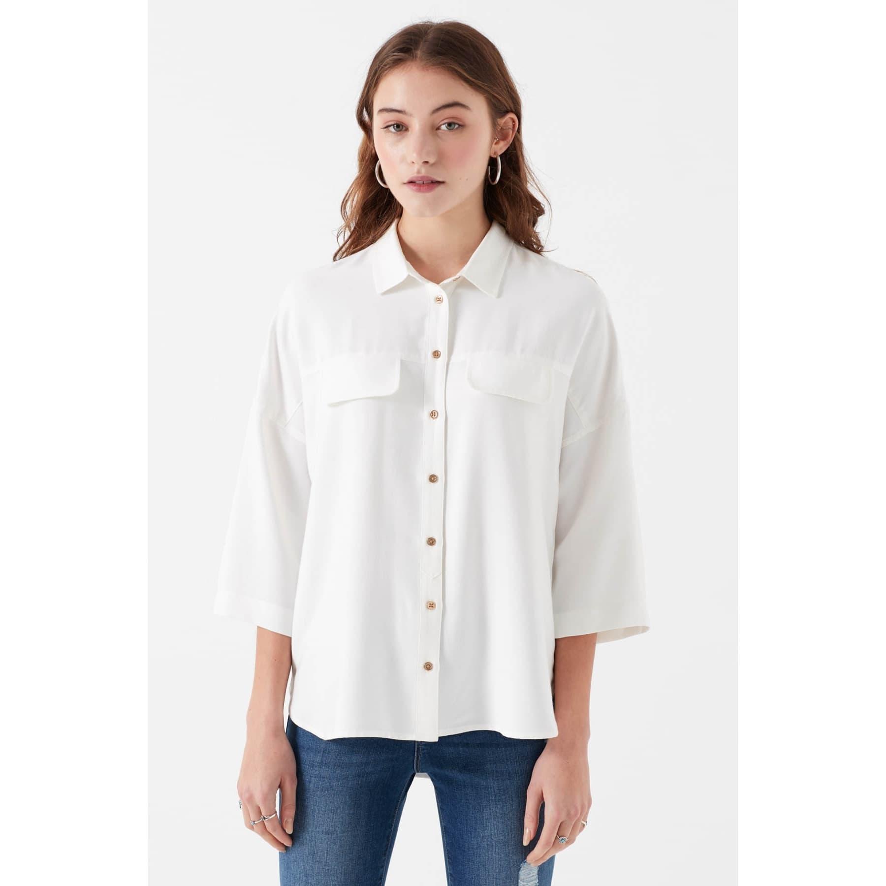 Kadın Cepli Beyaz Gömlek (Rahat Kesim)