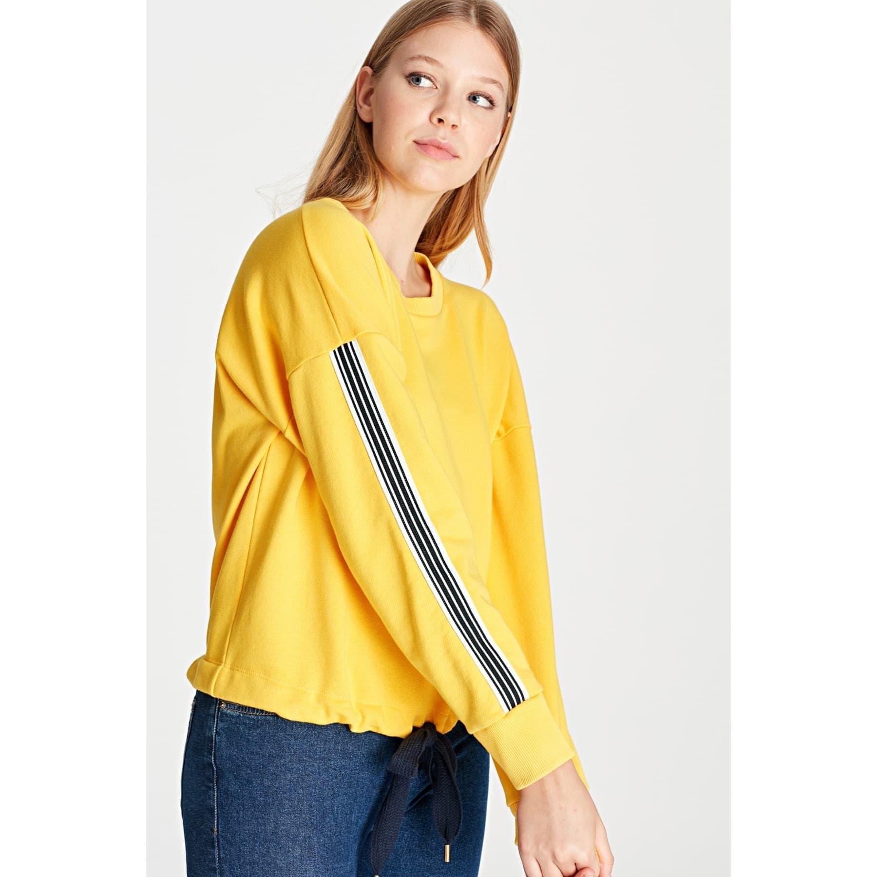 Şerit Detaylı Bisiklet Yaka Kadın Sarı Sweatshirt