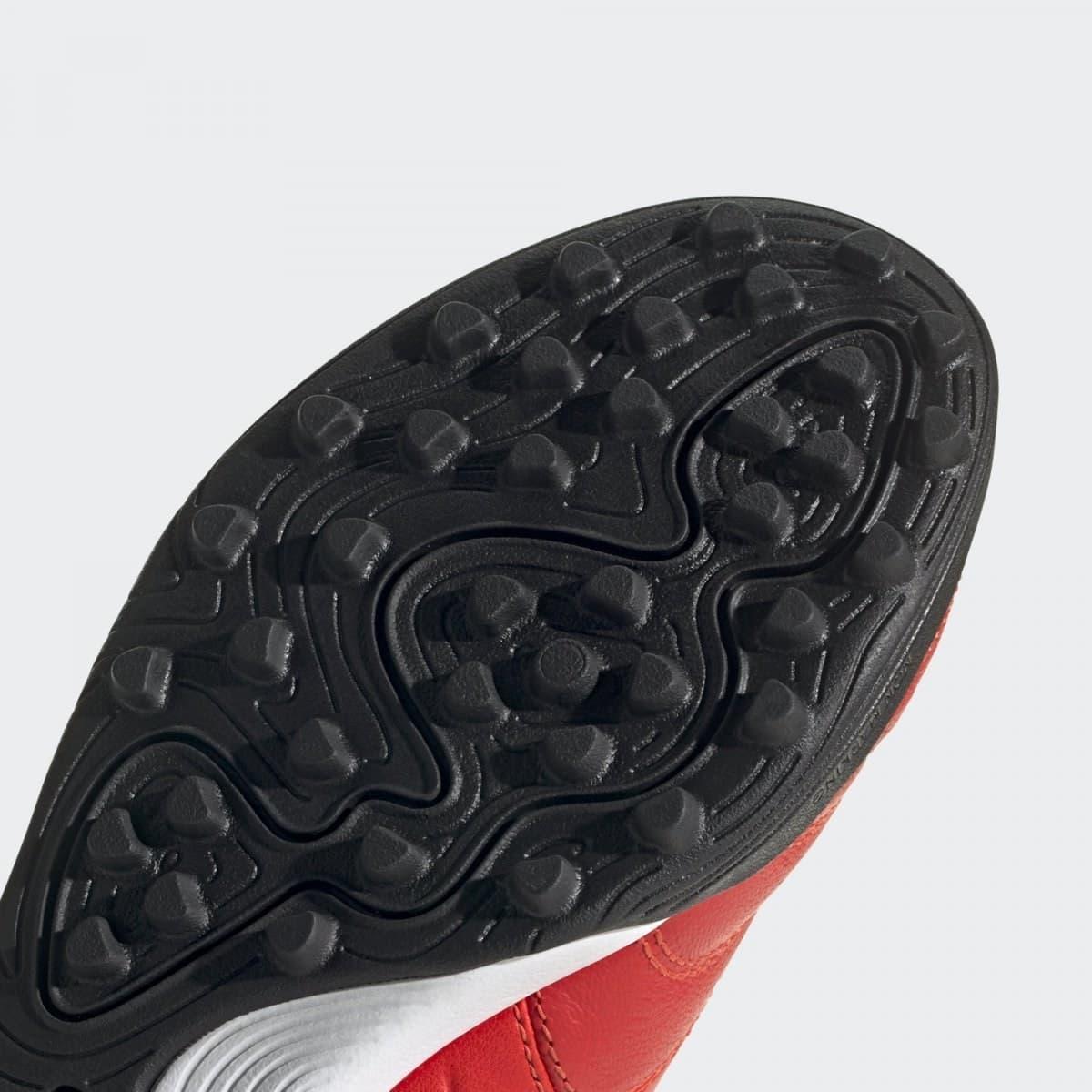 Copa 20.3 Erkek Kırmızı Halı Saha Ayakkabısı