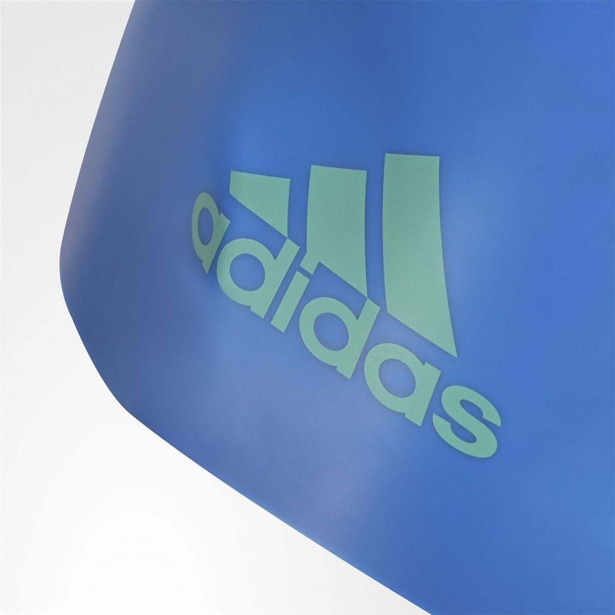 adidas Slikon Logo Mavi Yüzücü Bonesi (BK0370)
