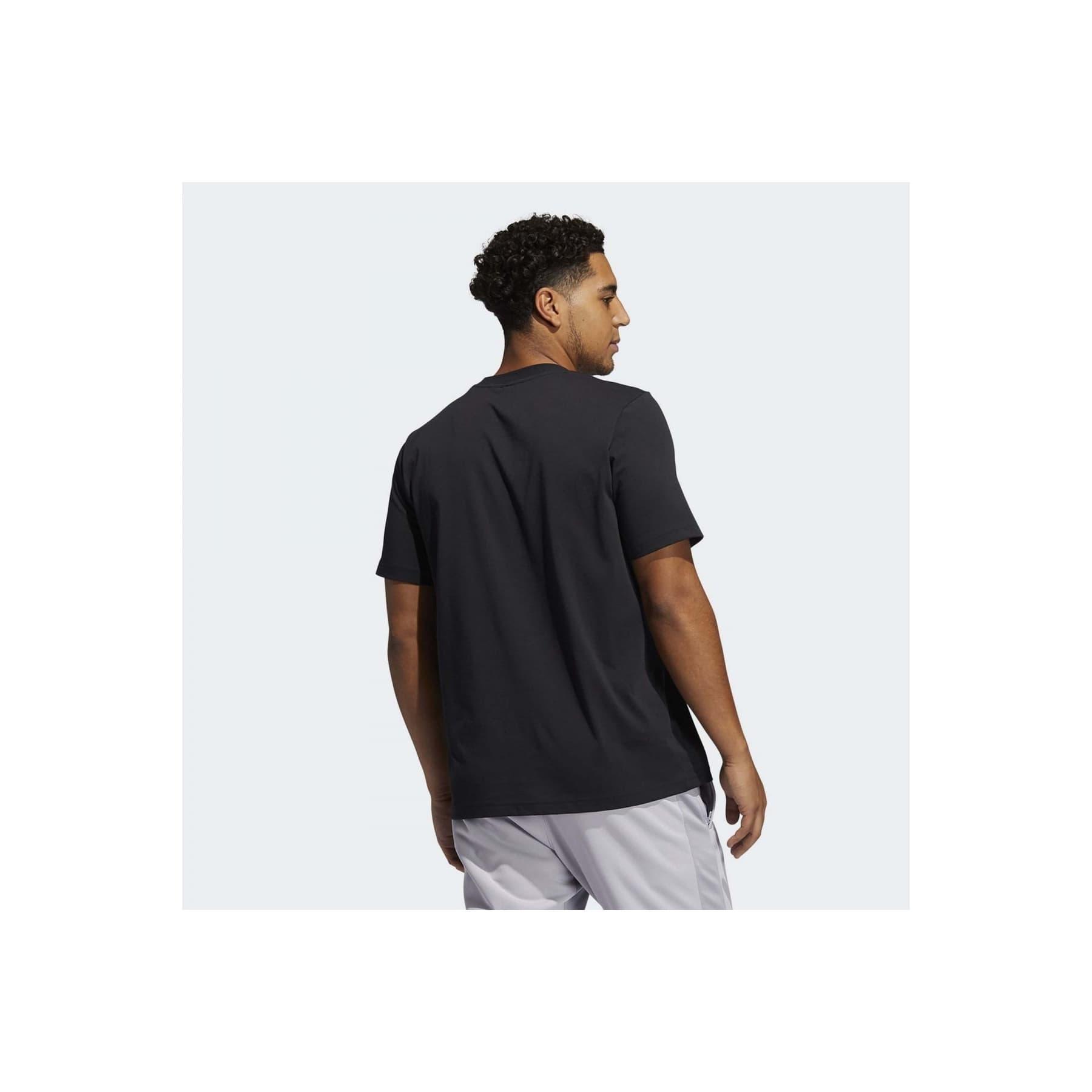 Badge Of Sport Abstraction Erkek Siyah Tişört (GH6715)