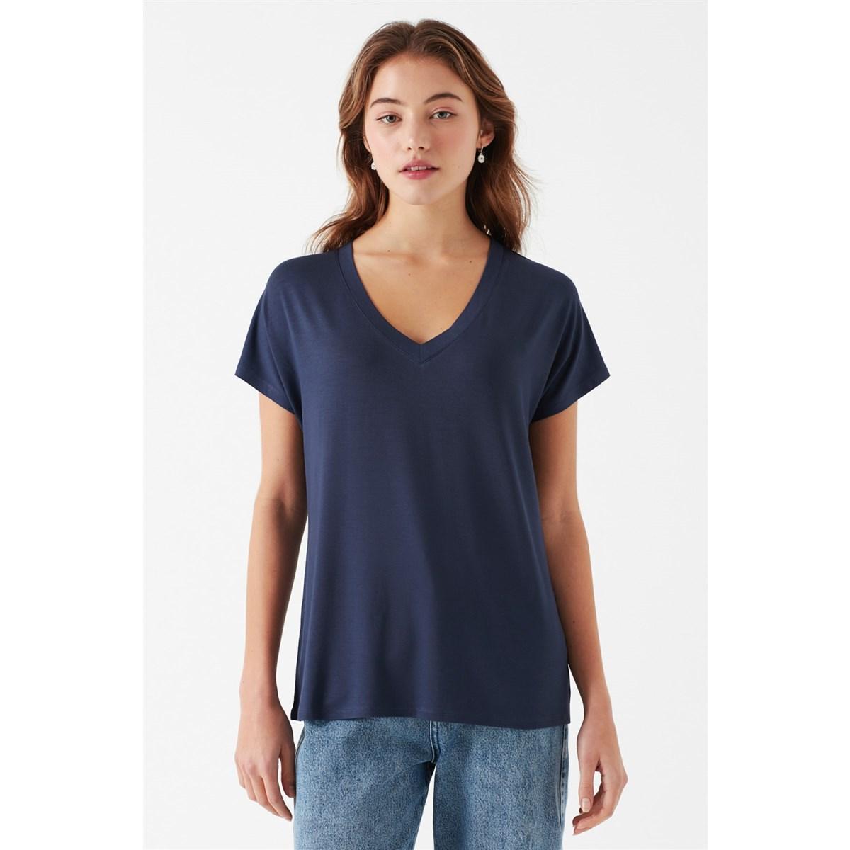 Mavi V Yaka Kadın Koyu Mavi Basic Tişört