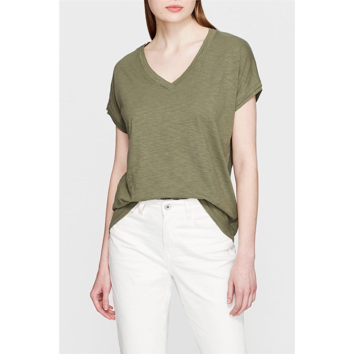 Mavi V Yaka Kadın Zeytin Yeşili Basic Tişört