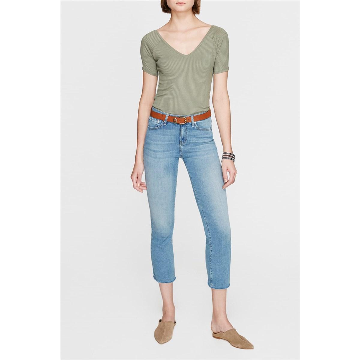 Mavi V Yaka Kadın Safari Yeşili Basic Tişört