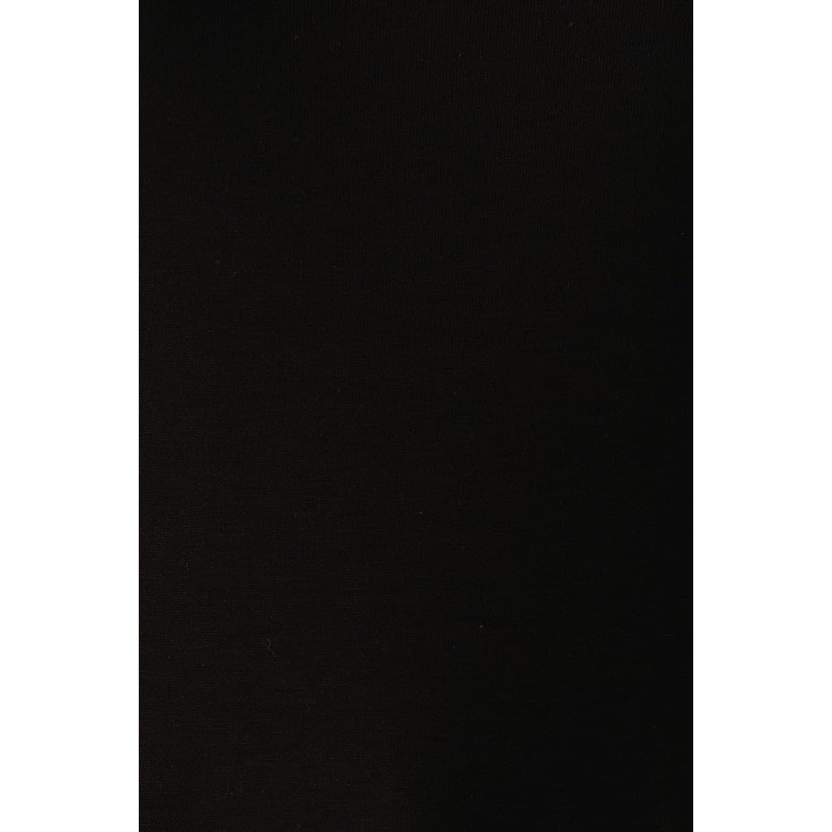 V Yaka Penye Siyah